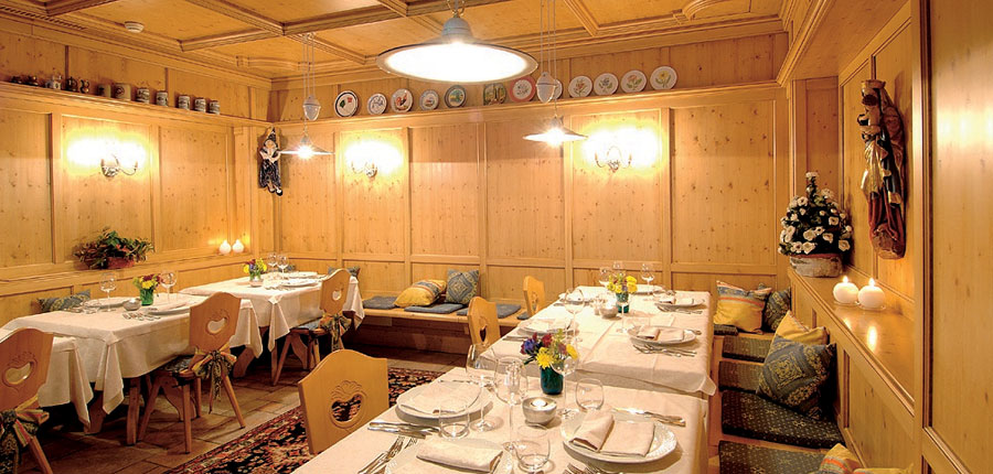 italy_dolomites_selva_hotel-antares_restaurant.jpg